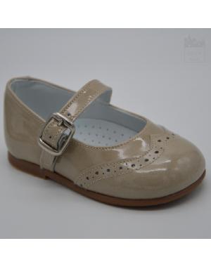 Zapato de vestir para niña