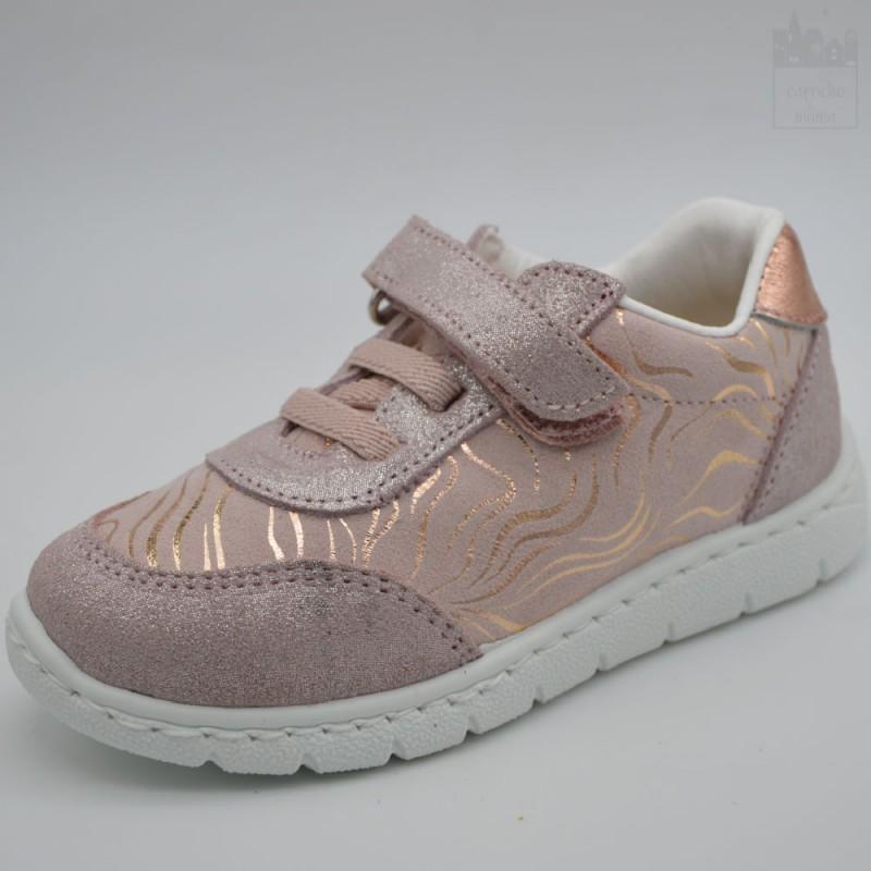 Zapatilla sneaker para niña